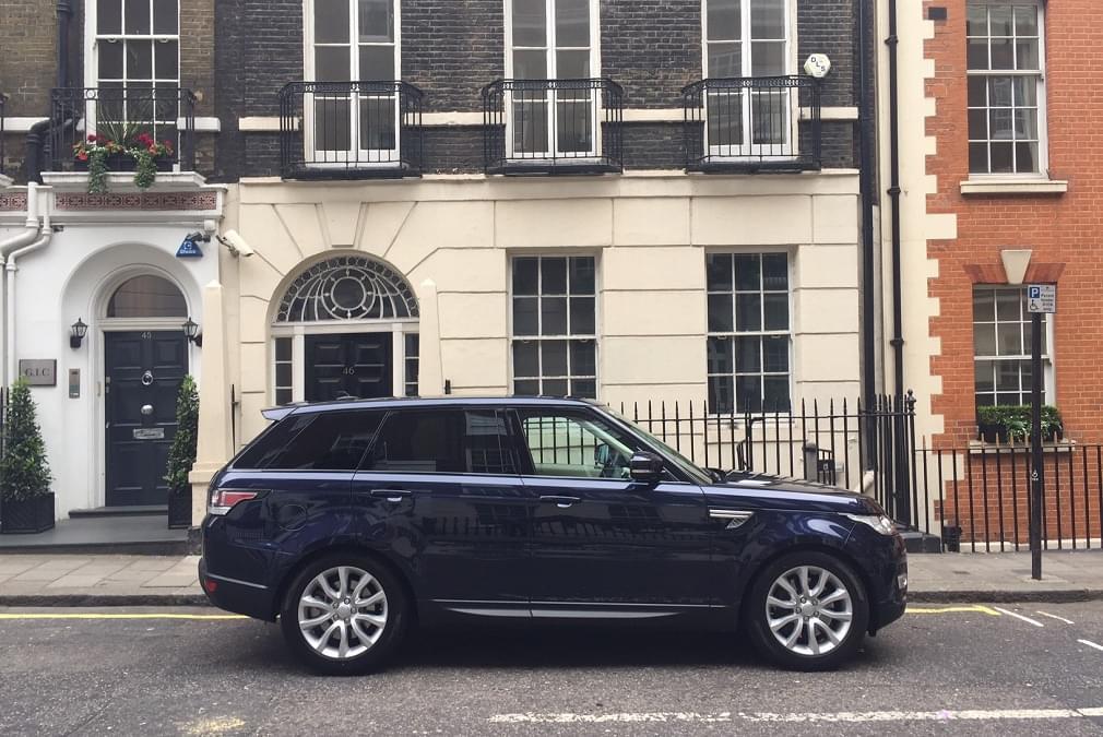 Rent luxury SUV in London