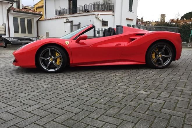Rent Ferrari 488 Spider in Italy